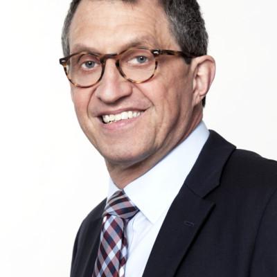 1 Uwe Schrader