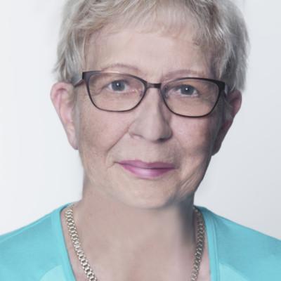 7 Brigitte Schrank